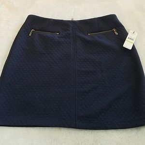 NWT! Laundry by Shelli Segal sz 4 quilted skirt